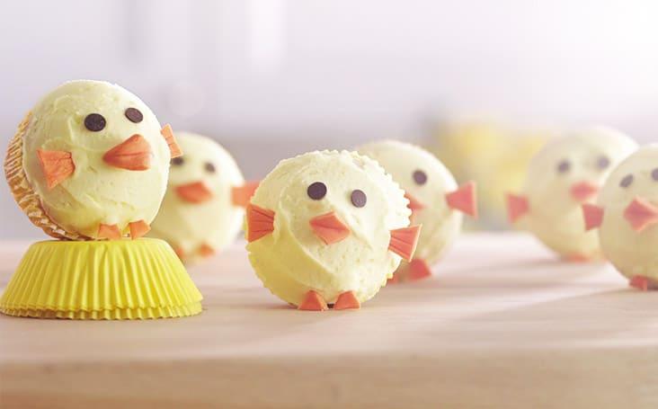 Cupcakes ve tvaru kuřátek.