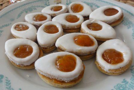 Lahodné a křehké velikonoční pečené cukroví, které zachutná každému.