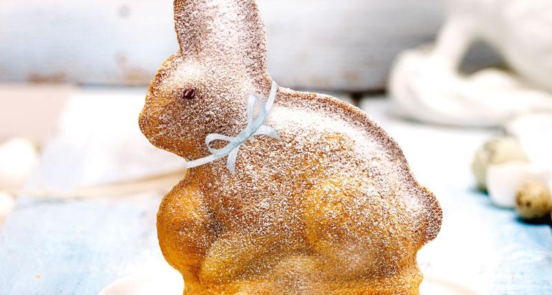 Jednoduchý hrníčkový velikonoční zajíček.