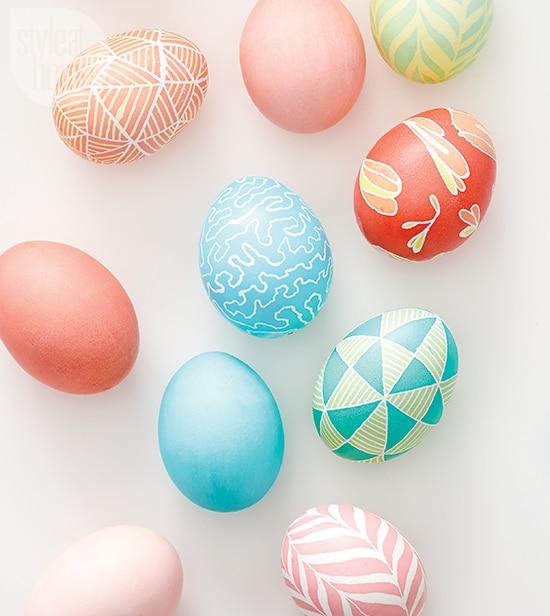 Vajíčka barvená voskem a voskovkami