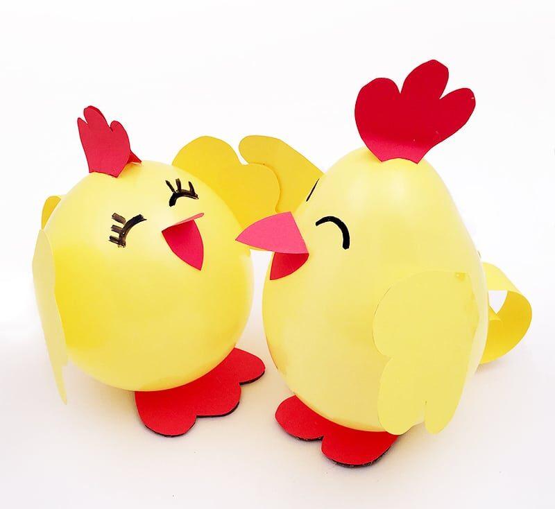 Velikonoční balonková kuřátka.