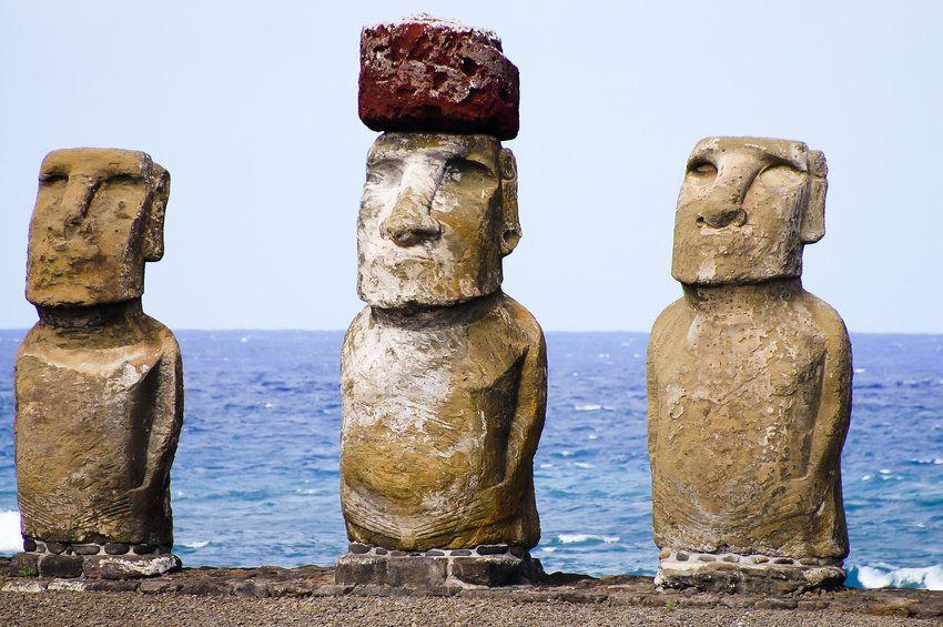 Sochy na ostrově Rapa Nui.