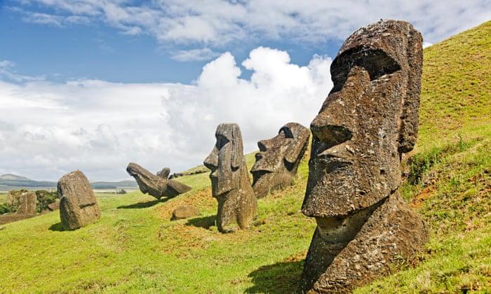 Sochy na Velikonočním ostrově.